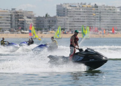jet-ski-la-baule-location-randonnees